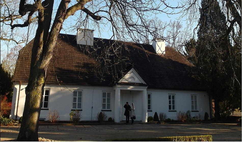 Chopin's Manor House